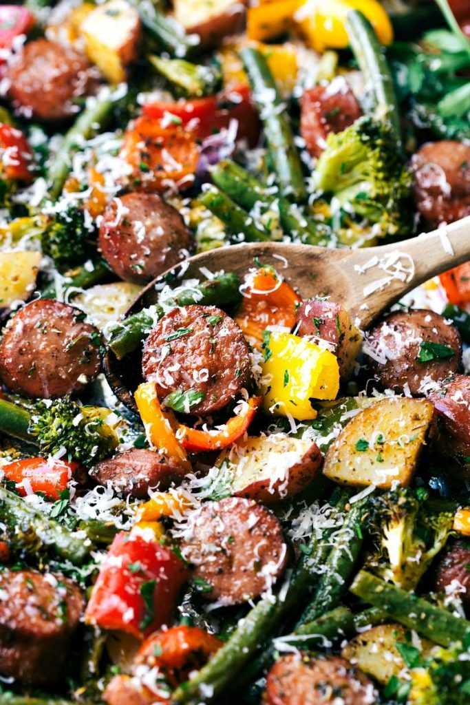 One-pan-healthy-sausage-and-roasted-veggies